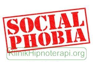 Hipnoterapi Fobia Sosial