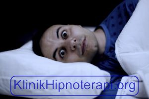 Hipnoterapi Insomnia Sulit Tidur Malam